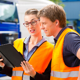 6 Steps To An Effective Driver Safety Program For Transport Companies